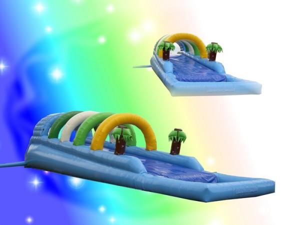 Wasserrutsche mit Becken